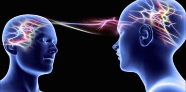 cara mempegaruhi pikiran orang lain dengan hipnotis